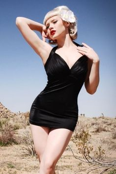 Pinup Couture - Retro Bombshell Black badpak