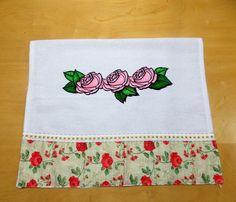 Pano de Prato Pintado Três Rosas