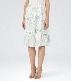 8b965f4174ef7c Sale Skirts - Women - REISS Sale Kleidung Für Frauen, Modische Outfits,  Sommer-