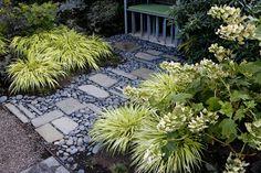 Garden stones, garden paths, lawn and garden, home and garden, portland gar Landscaping With Rocks, Front Yard Landscaping, Landscaping Ideas, Patio Ideas, Backyard Ideas, Walkway Ideas, Modern Backyard, Garden Ideas, Garden Borders