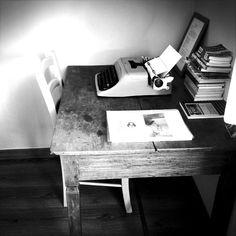Florence  Olivetti Lettera 44 #senapeflorence.com #florence #bedroom #home #b&b #tuscany