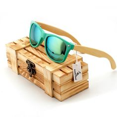Bamboo wood sunglassess with stunning colors