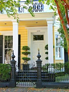 Splendor in the South - love this iron fence!