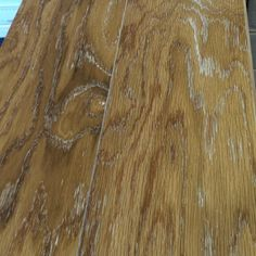 500 sq ft of engineered wood at a great price at If It's Carpet