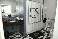 Hello Kitty Hotel Bathroom
