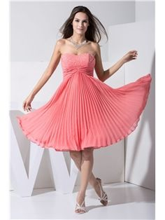 A-Line Sweetheart Beading Zipper-up Knee-Length Homecoming Dress