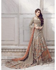 Indian Pakistani Bridal Anarkali Suits & Gowns Collection Wedding Fancy Anarkali suits for Asian brides in best designs and styles. Pakistani Couture, Pakistani Wedding Dresses, Pakistani Outfits, Indian Dresses, Indian Outfits, Pakistani Models, Indian Couture, Bridal Dresses 2018, Bridal Outfits