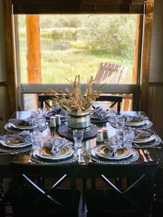 Are you looking for Fall tablescapes ideas? I have 10 Fall themed Tablscapes ideas for you. These simple Fall tablescapes are what you need. I have fall tablescapes that fit everyone's styles, from farmhouse to elegant Thanksgiving tablescapes that are elegant. If you want more Fall inspiration, visit Home with Holly J. Green Christmas, Christmas Home, White Cabin, Entertainment Table, Highland Homes, Little Cabin, Thanksgiving Tablescapes, Velvet Pumpkins, Autumn Theme