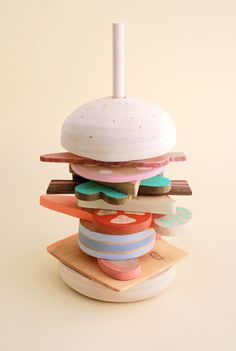 Hamburger stacking toy | Studio Fludd.
