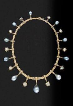 Collar Melleiro en diamantes y perlas negras de la reina de España