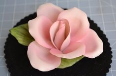 "Vtg Napoleon Capodimonte Porcelain Pink Rose w/Green Leaves, Italy 3.75""A, 1.5""T"
