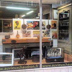 Show room #paimpol  #auvieuxchaudron#antiques#antiquites#vintage#shabbychic#deco#homedecoration#countryfurniture#decoration#frenchfurniture#vintagehome#labrocante#curiosities#interiør#interiör#decoração#europeantiques#chic#oldfurniture#art#artantiques#shabby#instahome#chic#antiquitäten#antiquestore#brocantestyle#frenchantiques#antiguidades#antique