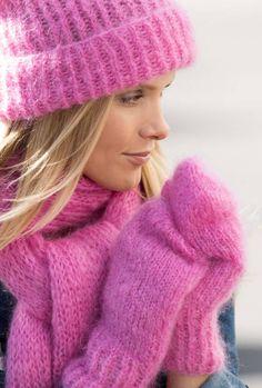 FOTO: Wenche Hoel-Knai Mitten Gloves, Mittens, Drops Design, Knitted Hats, Winter Hats, Knitting, Sweaters, Beautiful, Women