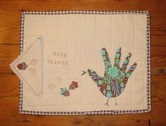 Turn one of your favorite childhood Thanksgiving crafts into a sophisticated holiday decoration with this turkey applique placemat tutorial. The Handprint Turkey Applique Quilted Placemats are absolutely gorgeous. Baby Quilt Patterns, Applique Patterns, Applique Quilts, Hand Print Tree, Turkey Handprint, Applique Tutorial, Raw Edge Applique, Place Mats Quilted, Fall Quilts