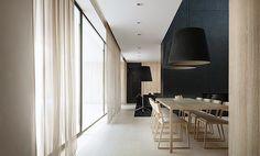 Elegant meeting room/dining room