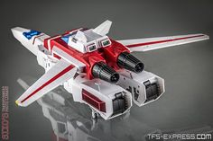 """INTRODUCTION For many collectors in the world of so-called third party """"Masterpiece"""" Transformers, FansToys reign supreme. Pokemon, Transformers Masterpiece, Transformers Robots, Collectible Toys, Nightmare On Elm Street, Third Party, Photo Library, Reign, Science"""