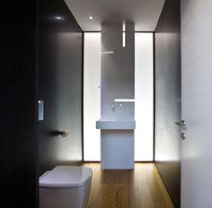 Herzelia Pituah House 3 / Pitsou Kedem Architects
