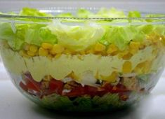 """China-layer salad- China-Schichtsalat The salad was so tasty. My husband is a big """"carnivore"""", but he almost ate this salad alone. Paleo Salad Recipes, Greek Salad Recipes, Easy Healthy Recipes, Raw Food Recipes, Cooking Recipes, Chinese Spices, Mozarella, Chicken Breast Fillet, Salad Topping"""