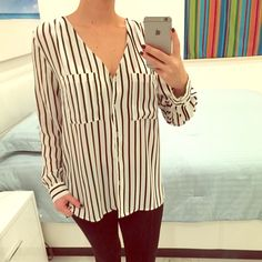 Top with strips Tops with strips White & black NEW never worn Size : 6 No trade H&M Tops