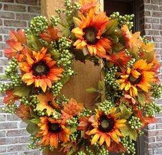 """Autumn Green Apple Sunflower Wreath - 24"""" - Green apple and yellow sunflowers perfectly contrast - The base is comprised of elegant faux grapevines - Wreath is water resistant - Suitable for indoor an"""