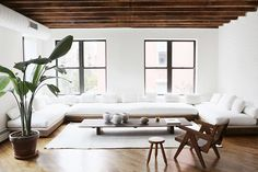 Homes to Inspire | Warm Minimalism in New York
