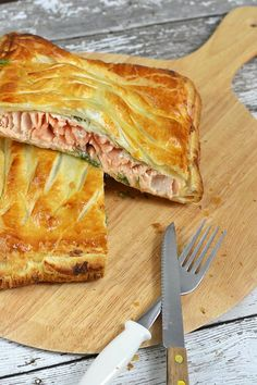Zalm en croute Salmon Recipes, Fish Recipes, Seafood Recipes, Diner Recipes, Breakfast Pastries, Xmas Food, Christmas Cooking, Low Calorie Recipes, Love Food