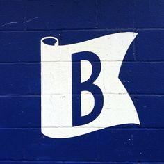 Search Signage images on Designspiration Logos, Logo Branding, Brand Identity, Typography Love, Lettering, Vintage Typography, Logo Vintage, Flag Logo, Badge Design