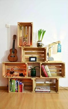 DIY Wood Pallet Crate Storage & Decorations is part of Wooden diy - amazing way is to convert old pallet boards into amazing storage crates! Tryout these DIY pallet crate storage solutions and decor to get your home uncluttered Wood Crate Shelves, Pallet Wall Shelves, Pallet Bookshelves, Wooden Pallet Furniture, Home Furniture, Wooden Crates, Garden Furniture, Furniture Storage, Wooden Boxes
