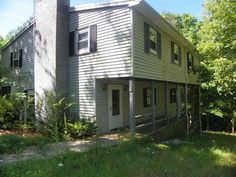 This is a 2 story home featuring 5 bedrooms, 1.5 baths, screened in porch, 2 family rooms, eat-in kitchen, and a dining room. There is hardwood/carpet flooring and a garage/shed. The is less than 2 miles to Cumberland Point! $75,000 Call our office for more details! 606-679-2212