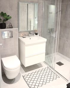 10 tips voor jouw ideale badkamer – Makeover.nl Source by anakanouk Downstairs Bathroom, Bathroom Inspo, Laundry In Bathroom, Bathroom Cabinets, Bathroom Furniture, Bathroom Renos, Small Bathroom Interior, Bathroom Design Luxury, Berry Alloc