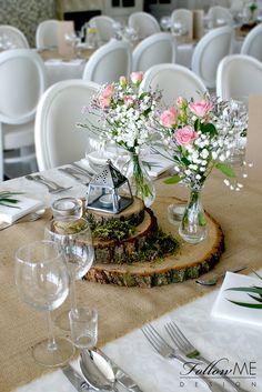 Rustykale dekoracje stołów / Dekoracje stołów na plastrach drewna / Kwiatowe dekoracje stołów / Rustykalne Dekoracje ślubne od FollowMe DESIGN / Rustic Table Decorations / Rustic Wedding Decorations & Details by FollowMe DESIGN