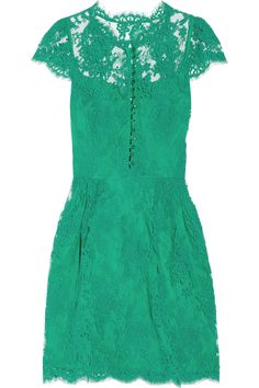 i want you!  ISSA green cap sleeve lace dress (Yikes!  at $915)