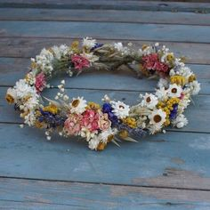 Lovely wedding flower crown
