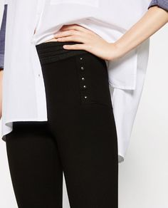 Image 2 of BODY SHAPING LEGGINGS from Zara