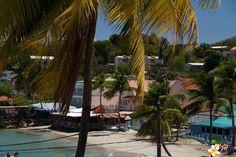 Le Bourg de Sainte-Anne en Martinique #Martinique © AliZéMédia