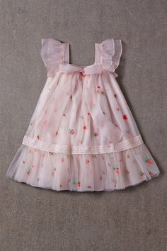 Dresses For Kids – Lady Dress Designs Kids Frocks, Frocks For Girls, Little Girl Dresses, Flower Girl Dresses, Vintage Baby Dresses, Doll Fancy Dress, Girls Special Occasion Dresses, Kids Gown, Baby Dress Patterns