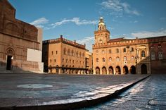 """Bologna: """"Early Morning at Piazza Maggiore"""" by >> Scopri le Offerte! Charming House, Bologna Italy, Italy Holidays, Across The Universe, Early Morning, Us Travel, Tuscany, Photo Book, Places Ive Been"""