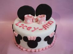 Novelty Cake Makers – The Quirky Cake Factory – Minnie Mouse Cake