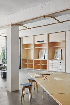 Barcelona-based studio Appareil integrated furniture into the walls to open up this creative co-working space, designed for architects and designers. Coworking Space, Architecture Office, Architecture Design, Office Buildings, Architecture Panel, Drawing Architecture, Chinese Architecture, Architecture Portfolio, Futuristic Architecture