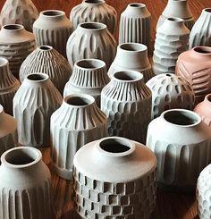 Ceramic Pots, Ceramic Tableware, Ceramic Clay, Ceramic Pottery, Pottery Art, Pottery Painting Designs, Pottery Designs, Pottery Ideas, Pottery Patterns