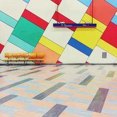 Floor VS wall