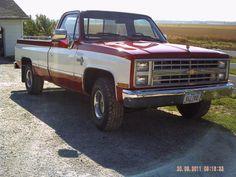 1987 Chevy Silverado    Price:  $6,400.00  Year:  1987  Engine:  Chevy 350  VIN:  1GCER14KOHF403417  Miles:  89,984  Location:  Iowa  Contact:  Jay Trevorrow: 973-886-3020