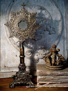 Tableau of worn & rustic beauty