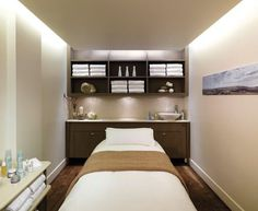 Treatment room layout, nice lighting and storage Gorgeous and comfortable setting!  Love it!: