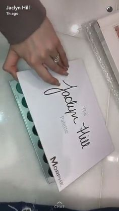 Here's Your First Look at The Jaclyn Hill Palette