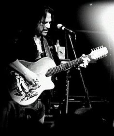 """KIP WINGER AT DIAMOND ROCK CLUB: """"THE MOST ROCK ORIENTATED PLACE IN IRELAND"""""""