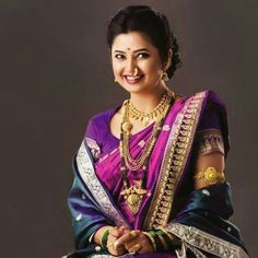 Time for new bollywood fashion - the passion of bollywood is the pride of oldindia. Click VISIT link for more info - Bollywood Fashion Marathi Bride, Marathi Wedding, Hindu Bride, Saree Wedding, Marathi Saree, Wedding Hair, Estes Park Colorado, Nauvari Saree, Indian Bridal Hairstyles