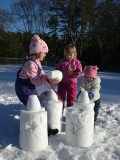 """Alright, alright. So it's not quite spring yet and maybe some of you have snow.. So what about some """"Fun Outdoor Winter Snow Games for a Family With Kids""""? Scroll down the page and jot down some great ideas! #FamilyFun #LazyTown"""