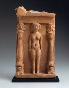 Plaque represents Canaanite goddess Astarte/Ishtar shown nude like Sumerian inanna She stands within a shrine protected by snarling lions that columns surmounted by heads of Baal Ancient Goddesses, Gods And Goddesses, Ancient Art, Ancient History, Ancient Egypt, Boston Museums, Mother Goddess, Sacred Feminine, Anthropologie