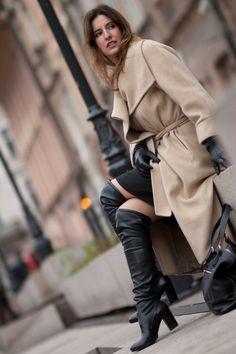 blog femme cuissarde cuir sexy 040 via http://ift.tt/1QZkhTw